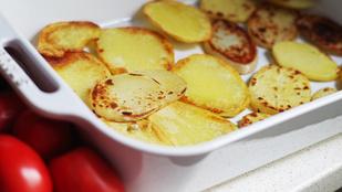 Rakott krumpli medvehagymával és karfiollal – így még egészségesebb lett az egyik kedvencünk
