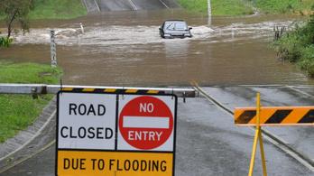 Már halálos áldozata is van az elmúlt évtizedek legsúlyosabb árvizeinek Ausztráliában