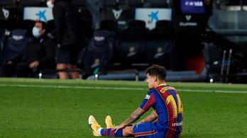 Megoperálták a Barcelona-támadó térdét