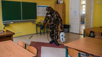 Befejezte a közoktatási intézmények fertőtlenítését a honvédség