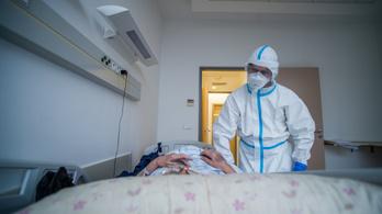 A 65 éves korosztályban tízszer nagyobb a halálozási kockázat, mint a 45 éveseknél