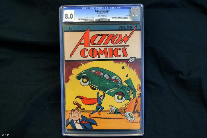 Az Action Comics 1938-as képregénysorozat első füzete 2010. február 23-án látható New Yorkban