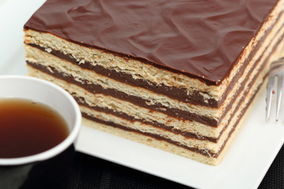 Régimódi ötlapos krémes süti a nagyitól: mennyei, kiadós desszert szalalkális tésztából