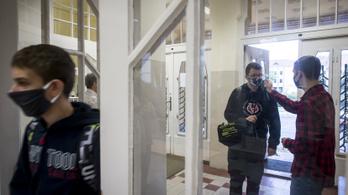 Az ADOM diákmozgalom nem akar iskolanyitást 19-én