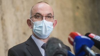 Az orosz és a kínai vakcina okozta a cseh miniszter vesztét