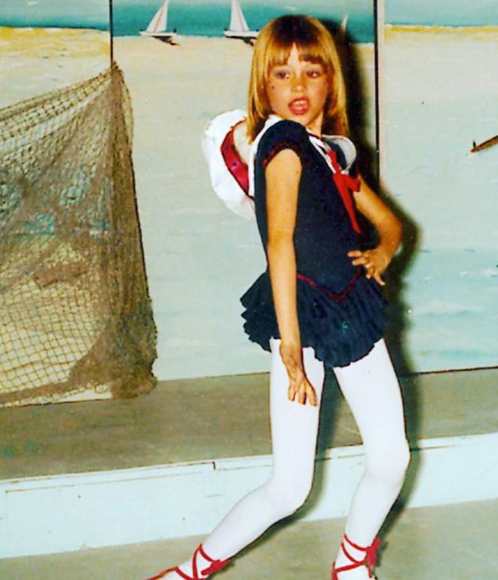 Valakiben már tíz éves kora előtt is megvolt az előadóművészi attitűd.