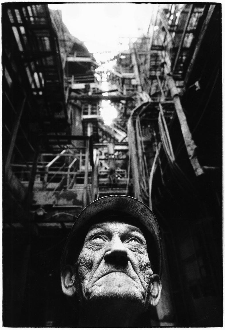 © Benkő Imre - Csirmaz Miklós villanyszerelő. Ózd, 1989