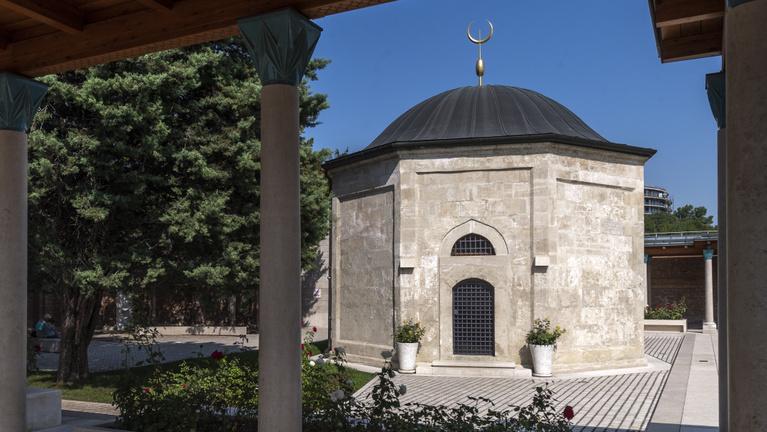 Európa legnagyobb mecsetje lehetne Gül Baba türbéje