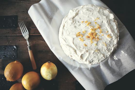 Porcukorral elkevert sajtkrémmel is finom.