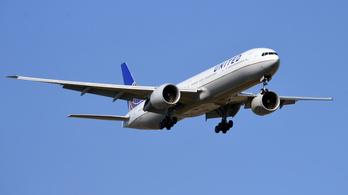 A pilótafülkében is javít az esélyegyenlőségen a United Airlines