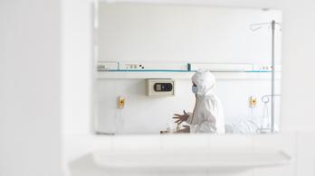 Egy 26 éves férfi a koronavírus legfiatalabb áldozata