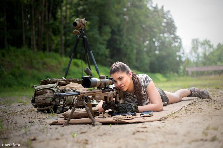 Ebben a galériában egy Michaela Fialová nevű cseh nőről láthatnak képeket