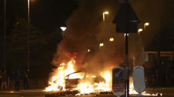 Súlyos összetűzések törtek ki Észak-Írország több városában