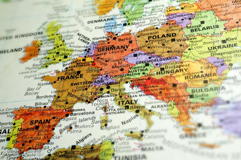 Megtalálhatták Európa legősibb térképét: egy kőlapba vésték