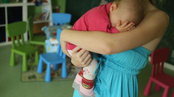 Kimondta a bíróság, lehet büntetni az oltástagadó szülőket
