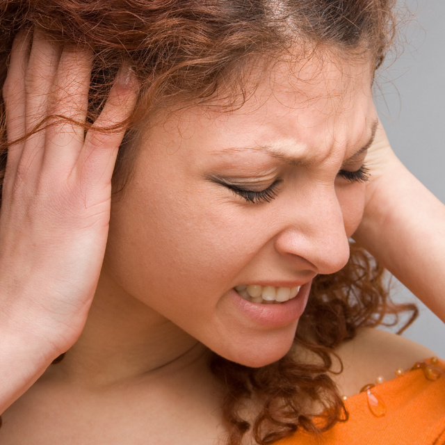 A hosszú-Covid újabb tünetét fedezték fel: a fülzúgás már a betegség alatt is jelentkezhet