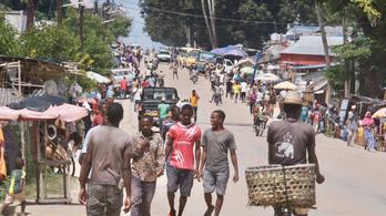 Tizenkét embert fejeztek le iszlamista szélsőségesek Mozambikban