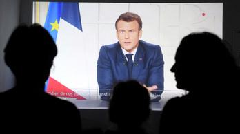 Macron bezáratja a francia elitegyetemet, ahol ő is diplomázott