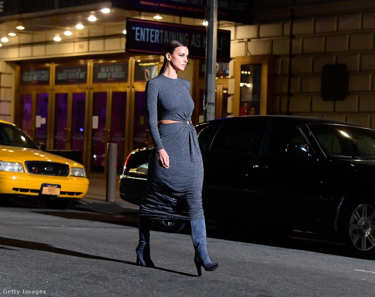 A divatshow-n sok ismert modell lépett aszfaltra, köztük Irina Shayk is.