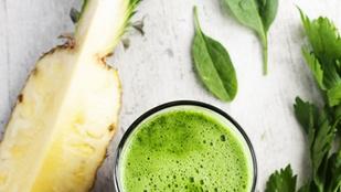 Szuper finom és egészséges: csalános-ananászos reggeli smoothie kókusztejjel