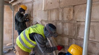 Szentségtartó fülkére bukkantak a kolozsvári Szent Mihály-templom restaurálásakor
