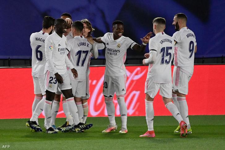 A Real Madrid magabiztos, kétgólos előnyre tett szert az El Clásico első félidejében