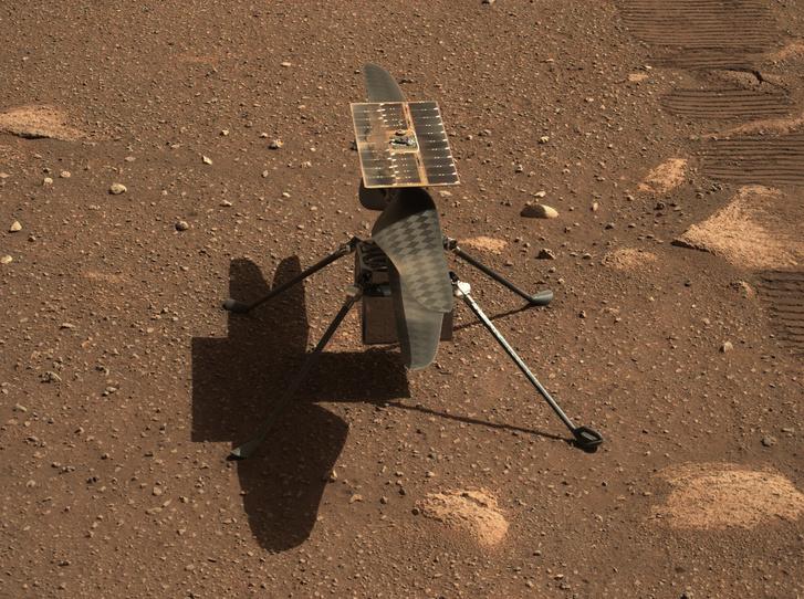 Az Ingenuity a vörös bolygó felszínén, 2021 április 5-én