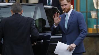 Hazatért Harry herceg nagyapja temetésére