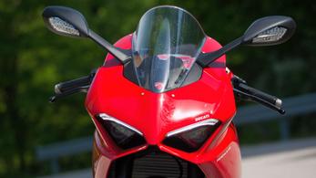 A Ducati az elektromosság előtt adna egy esélyt a szintetikus üzemanyagnak