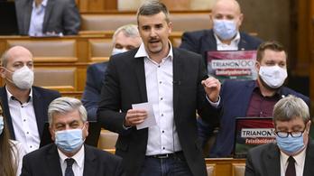 A Jobbik belehúzott a jelöltbemutatásba