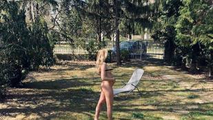 Mihalik Enikő kiment a kertbe meztelenül