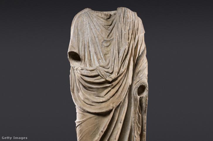A Togatus néven ismert római kori márványszobor
