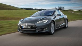 Ezért utolérhetetlen még ma is a Tesla
