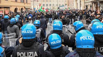 Rómában egymásnak estek a rendőrök és a tüntetők