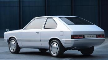 Újra bemutatták az első Hyundai Ponyt, villanymotorral
