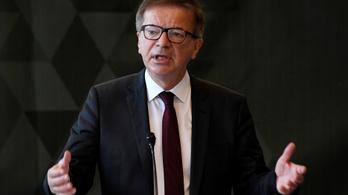 Belefáradt a szélmalomharcba, lemondott az osztrák egészségügyi miniszter