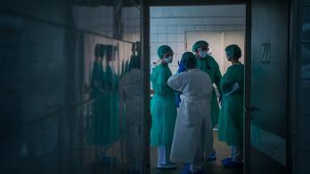 Végkimerülés határán az egészségügyi dolgozók