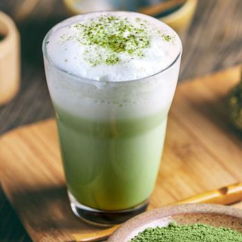 Miért olyan népszerű a matcha tea? Hatásos zsírégető és tele van antioxidánssal
