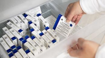 Éjfél után itt lesz újabb 140 ezer adag Szputnyik V-vakcina