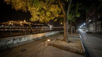 A kijárási korlátozás idején Budapest világítása zavartalanul üzemel