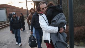 Dánia elkezdte hazatoloncolni a menekülteket