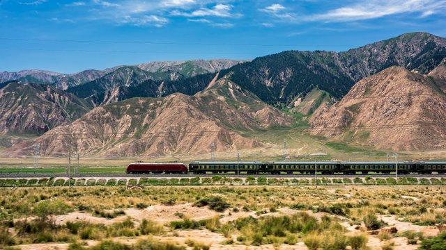 Hamarosan megnyílik az első nagysebességű vasútvonal Tibetben