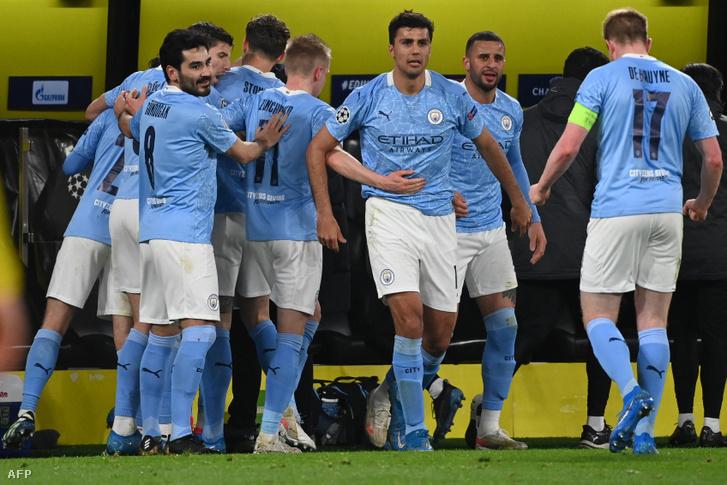 A Dortmund ráijesztett a Cityre, a második félidőben azonban fordított Pep Guardiola csapata