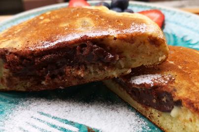 Pudinggal töltött amerikai palacsinta – Laktató reggeli vagy ebéd utáni desszert