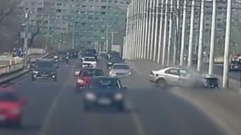 Videón az Árpád hídi ütközés, lepatkányozták a baleset okozóját