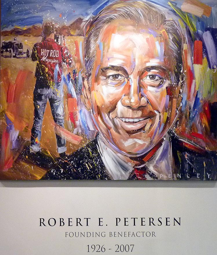 Második világháborús katonai szolgálata után a kaliforniai hot rod-világban kezdte lapkiadói pályafutását Robert E. Petersen. Lépésről lépésre haladva egy komoly vállalatot épített fel autós réteglapok és más kiadványok megjelentetésére, majd a cég értékesítéséből jelentős vagyonra tett szert. Harmincmillió dolláros befektetéssel alapította meg 1994-ben a Petersen Autómúzeumot, amely Los Angeles egyik leglátogatottabb kulturális intézménye.