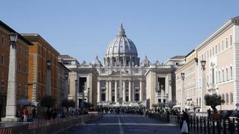 Új templomot emeltek Szent Péter sírja felett
