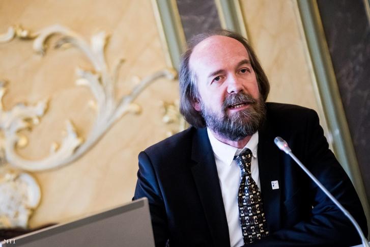 Horváth Péter, a Nemzeti Pedagógus Kar elnöke
