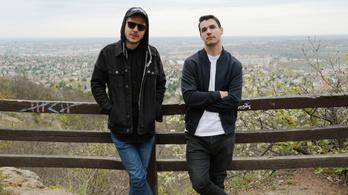 Belau lemezpremier – különleges deluxe album hozza el a nyarat