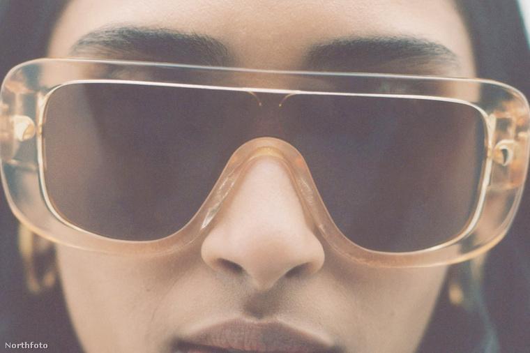 A rocksztárosan túlméretes napszemüvegek évek, sőt, évtizedek óta divatosak